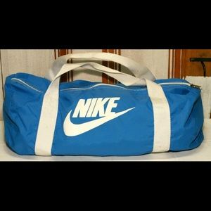 Vintage Nike Duffle Bag / Gym bag Blue